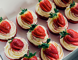 Image - Deluxe Cupcakes